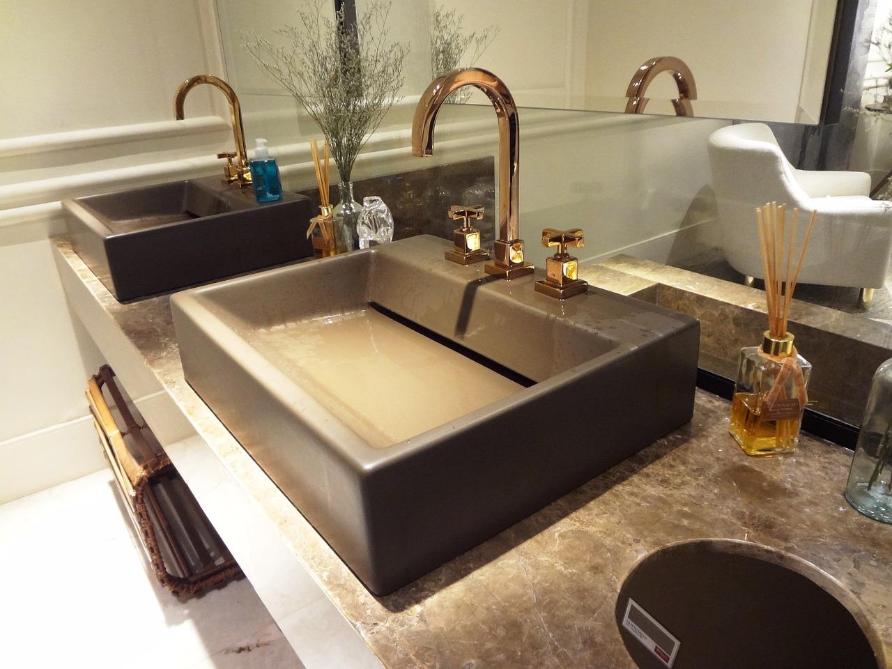 bathroom-809823_1280