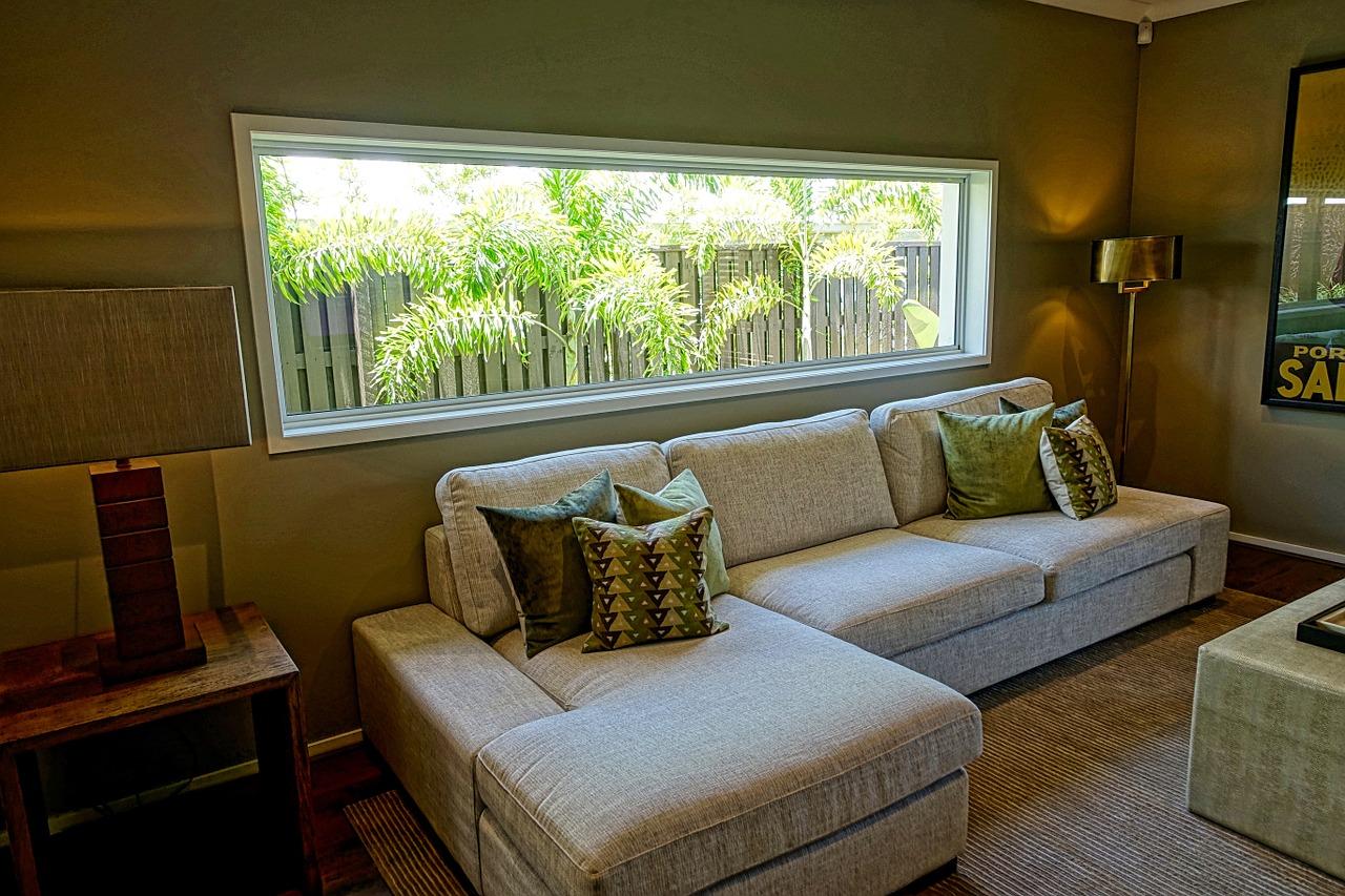 lounge-1234252_1280